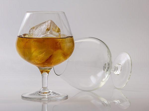 """Terapia dla alkoholików w klinice leczenia uzależnień """"Tu i Teraz"""""""